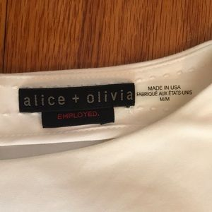 Alice + Olivia Tops - Alice & Olivia White Boat Neck Boxy Tank Top. M
